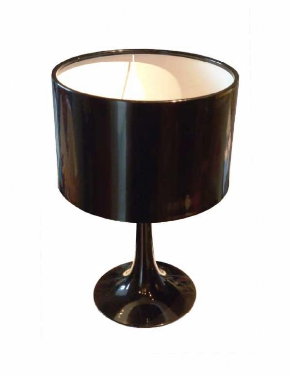圓形燈罩檯燈
